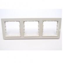 Рамка 3-постовая белый цвет PERA + вставка GES