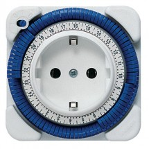 Реле времени Theben-timer 26 электромеханическое, розеточное (шаг 15 минут) 16(4) 230В IP20 th0260030.